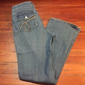 NYDJ EMBROIDERED JEANS